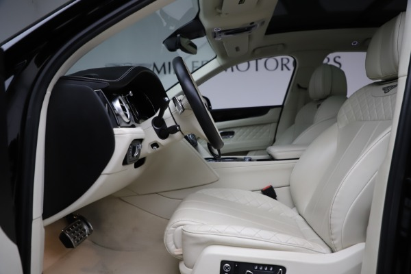 Used 2018 Bentley Bentayga W12 Signature for sale Call for price at Aston Martin of Greenwich in Greenwich CT 06830 19