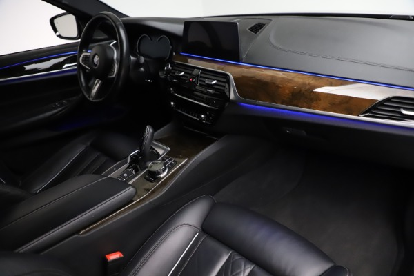 Used 2018 BMW 5 Series M550i xDrive for sale $49,900 at Aston Martin of Greenwich in Greenwich CT 06830 20