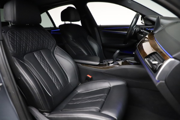 Used 2018 BMW 5 Series M550i xDrive for sale $49,900 at Aston Martin of Greenwich in Greenwich CT 06830 21