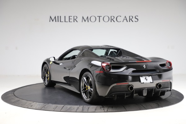 Used 2017 Ferrari 488 Spider for sale $284,900 at Aston Martin of Greenwich in Greenwich CT 06830 17