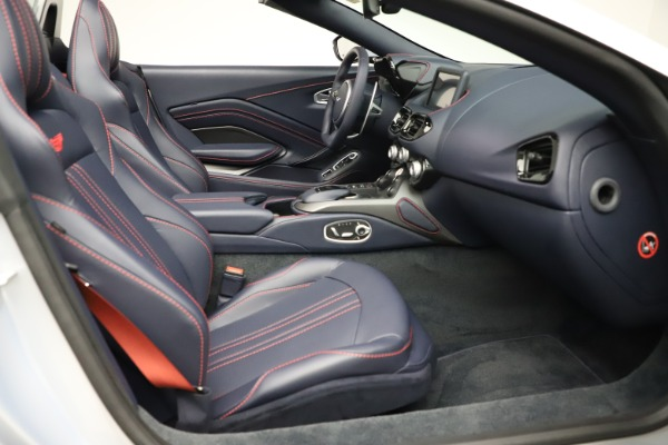 New 2021 Aston Martin Vantage Roadster for sale $184,286 at Aston Martin of Greenwich in Greenwich CT 06830 19