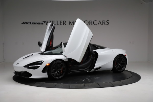 Used 2020 McLaren 720S Spider for sale Sold at Aston Martin of Greenwich in Greenwich CT 06830 24