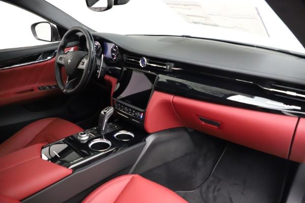 New 2021 Maserati Quattroporte S Q4 GranLusso for sale $122,349 at Aston Martin of Greenwich in Greenwich CT 06830 24