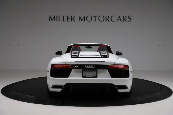 Used 2018 Audi R8 Spyder for sale $154,900 at Aston Martin of Greenwich in Greenwich CT 06830 6