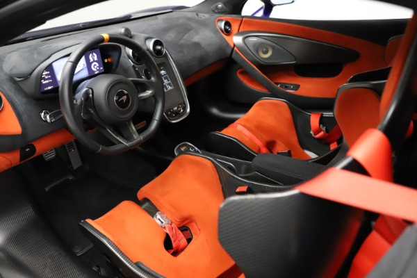 Used 2019 McLaren 600LT for sale $234,900 at Aston Martin of Greenwich in Greenwich CT 06830 15