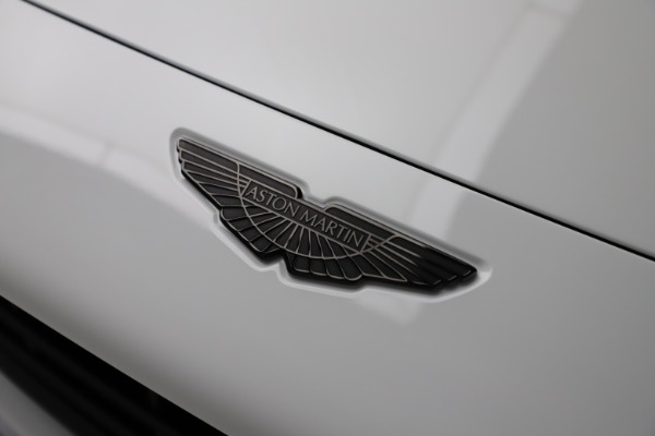 New 2021 Aston Martin DBX for sale $210,386 at Aston Martin of Greenwich in Greenwich CT 06830 25