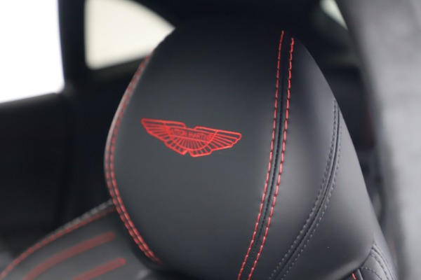 New 2021 Aston Martin DBX for sale $206,286 at Aston Martin of Greenwich in Greenwich CT 06830 22