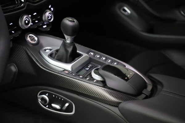 New 2021 Aston Martin Vantage for sale Sold at Aston Martin of Greenwich in Greenwich CT 06830 17