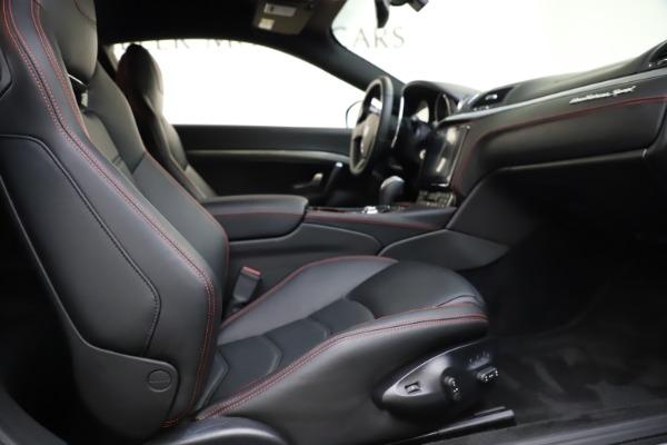 Used 2018 Maserati GranTurismo Sport for sale $89,900 at Aston Martin of Greenwich in Greenwich CT 06830 19