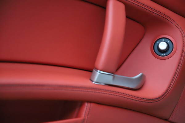 Used 2014 Ferrari California 30 for sale Sold at Aston Martin of Greenwich in Greenwich CT 06830 28