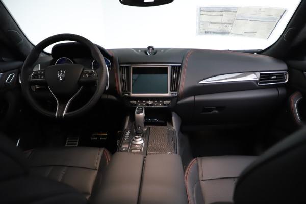 New 2021 Maserati Levante GTS for sale $135,485 at Aston Martin of Greenwich in Greenwich CT 06830 17