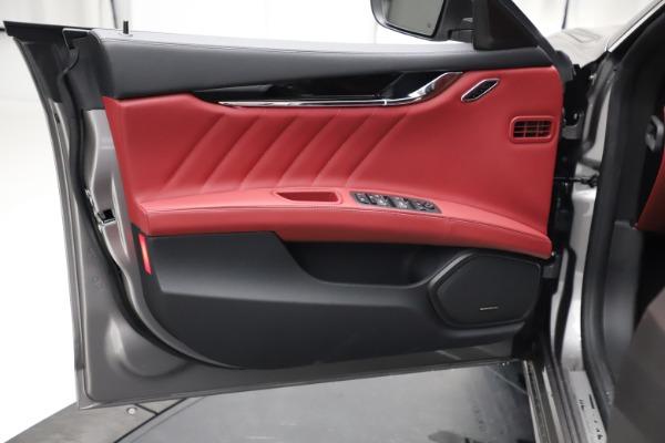 New 2021 Maserati Quattroporte S Q4 GranLusso for sale $122,435 at Aston Martin of Greenwich in Greenwich CT 06830 17