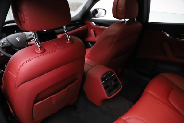 New 2021 Maserati Quattroporte S Q4 GranLusso for sale $122,435 at Aston Martin of Greenwich in Greenwich CT 06830 18