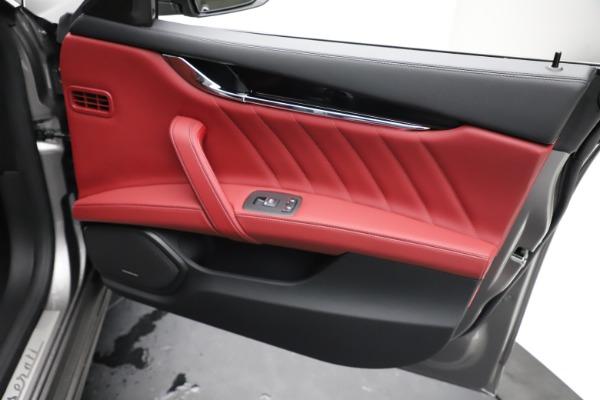 New 2021 Maserati Quattroporte S Q4 GranLusso for sale $122,435 at Aston Martin of Greenwich in Greenwich CT 06830 23