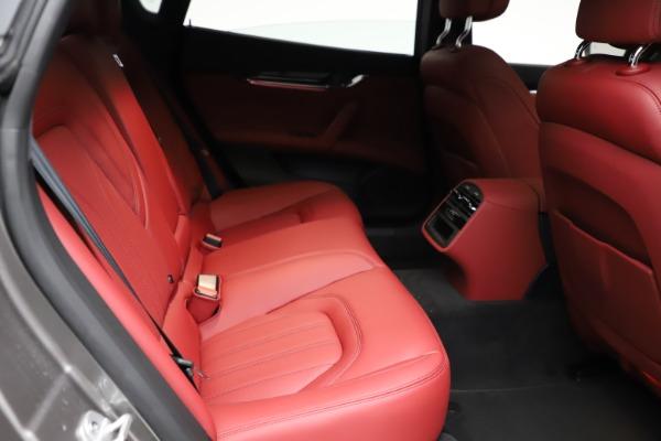 New 2021 Maserati Quattroporte S Q4 GranLusso for sale $122,435 at Aston Martin of Greenwich in Greenwich CT 06830 24