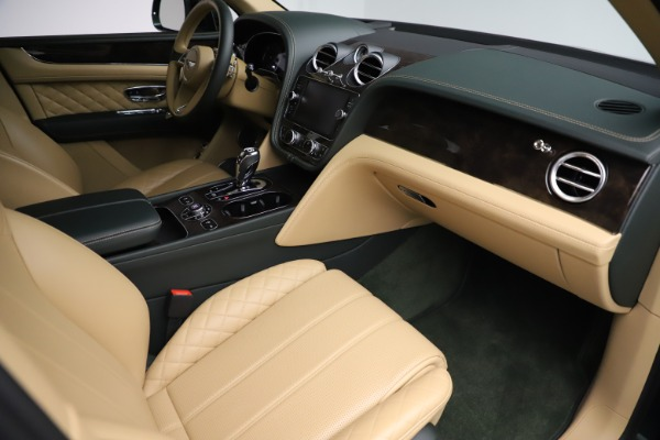 Used 2018 Bentley Bentayga W12 Signature for sale $159,900 at Aston Martin of Greenwich in Greenwich CT 06830 24