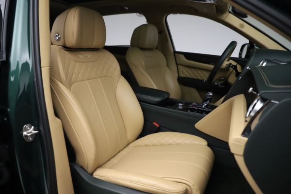 Used 2018 Bentley Bentayga W12 Signature for sale $159,900 at Aston Martin of Greenwich in Greenwich CT 06830 26