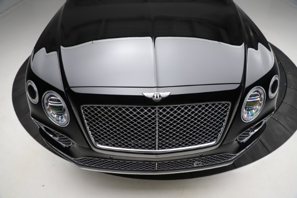 Used 2018 Bentley Bentayga W12 Signature for sale $153,900 at Aston Martin of Greenwich in Greenwich CT 06830 14