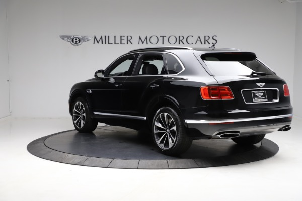Used 2018 Bentley Bentayga W12 Signature for sale $153,900 at Aston Martin of Greenwich in Greenwich CT 06830 6