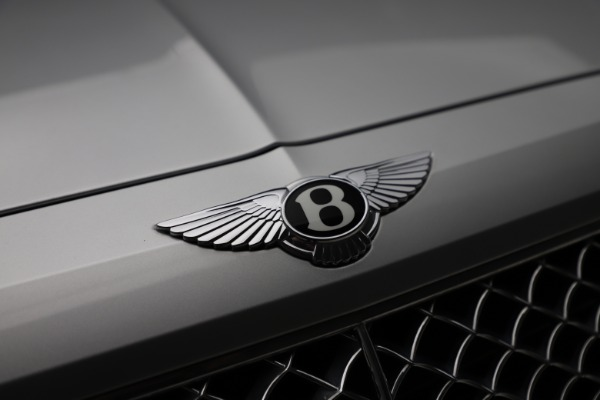 Used 2018 Bentley Bentayga Activity Edition for sale $152,900 at Aston Martin of Greenwich in Greenwich CT 06830 14