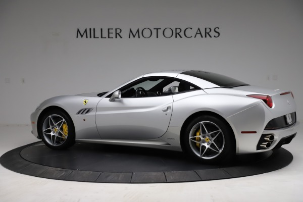 Used 2010 Ferrari California for sale $114,900 at Aston Martin of Greenwich in Greenwich CT 06830 16