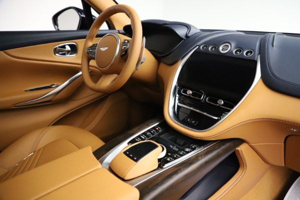 New 2021 Aston Martin DBX for sale $205,386 at Aston Martin of Greenwich in Greenwich CT 06830 20