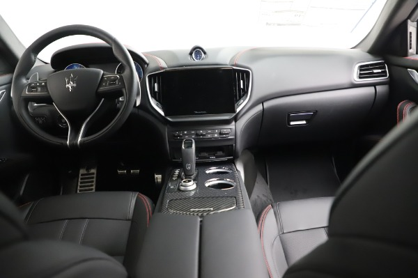 New 2021 Maserati Ghibli S Q4 GranSport for sale Sold at Aston Martin of Greenwich in Greenwich CT 06830 18