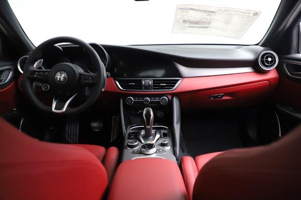 New 2021 Alfa Romeo Giulia Ti Sport for sale $54,050 at Aston Martin of Greenwich in Greenwich CT 06830 15