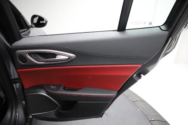 New 2021 Alfa Romeo Giulia Ti Sport for sale $54,050 at Aston Martin of Greenwich in Greenwich CT 06830 25