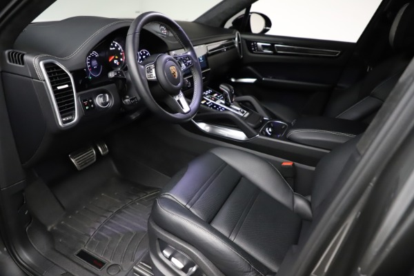 Used 2020 Porsche Cayenne Turbo for sale $145,900 at Aston Martin of Greenwich in Greenwich CT 06830 18