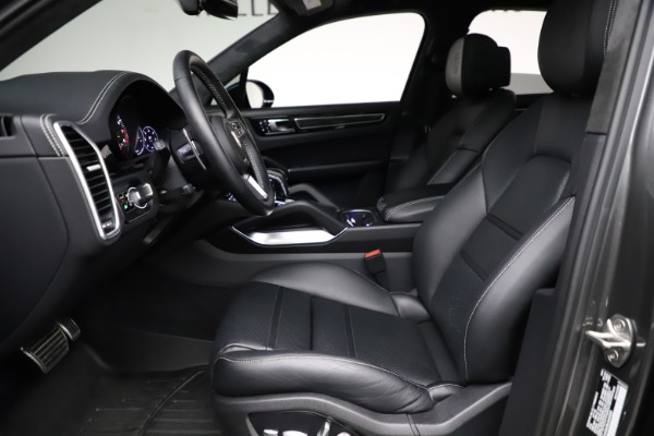 Used 2020 Porsche Cayenne Turbo for sale $145,900 at Aston Martin of Greenwich in Greenwich CT 06830 19