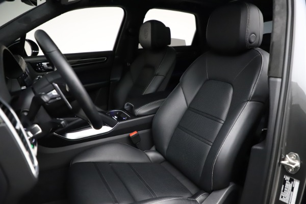 Used 2020 Porsche Cayenne Turbo for sale $145,900 at Aston Martin of Greenwich in Greenwich CT 06830 20