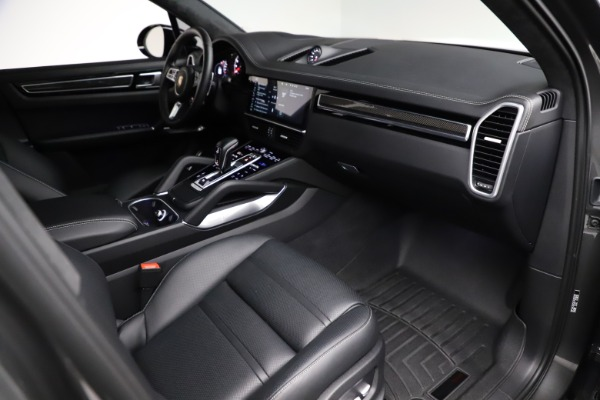 Used 2020 Porsche Cayenne Turbo for sale $145,900 at Aston Martin of Greenwich in Greenwich CT 06830 22