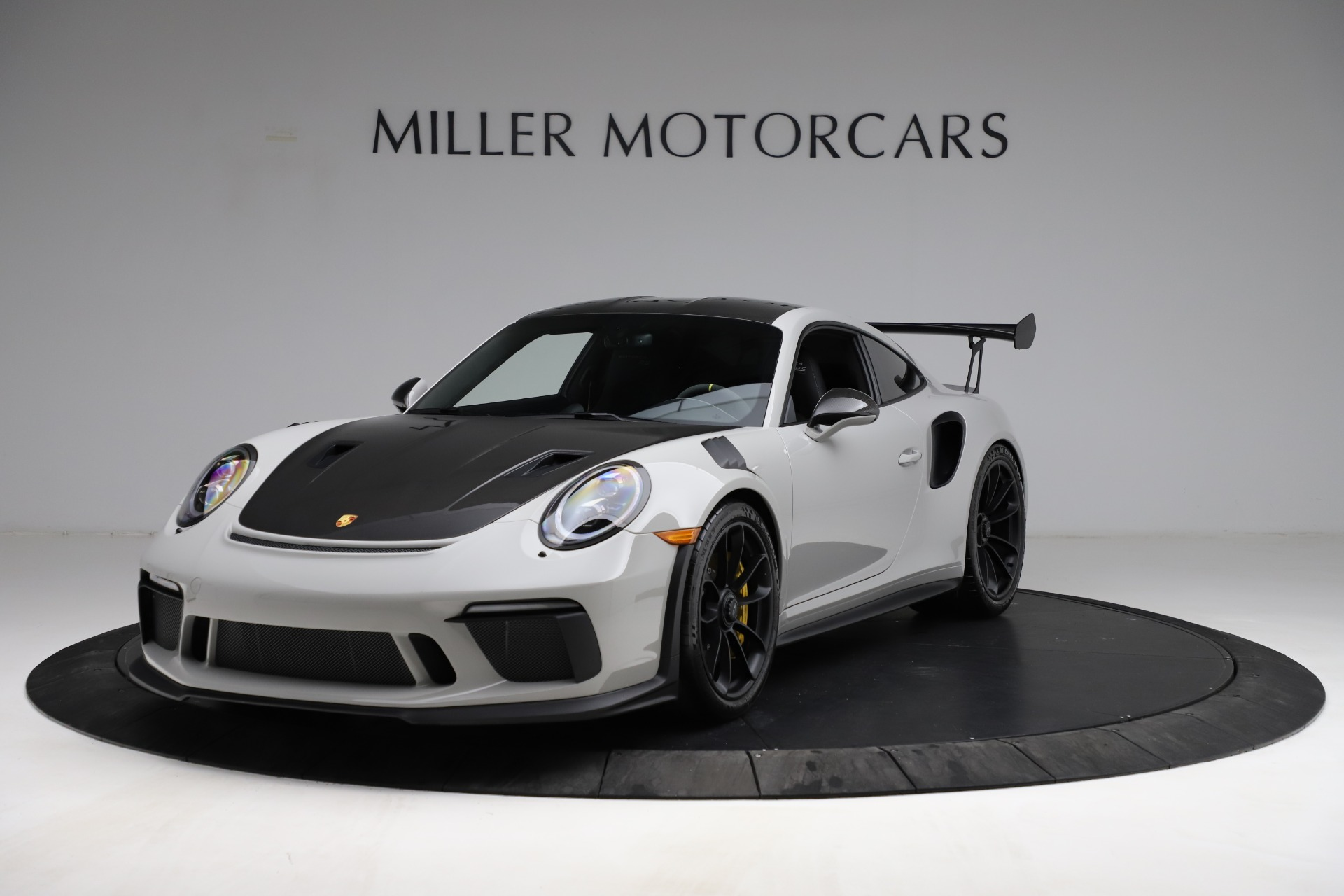 Used 2019 Porsche 911 GT3 RS for sale $249,900 at Aston Martin of Greenwich in Greenwich CT 06830 1