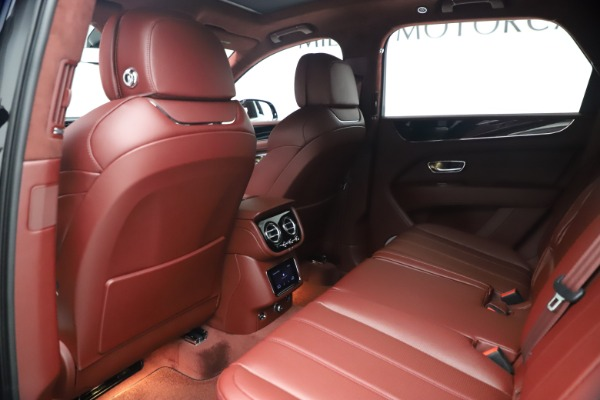 New 2021 Bentley Bentayga Hybrid for sale Sold at Aston Martin of Greenwich in Greenwich CT 06830 20