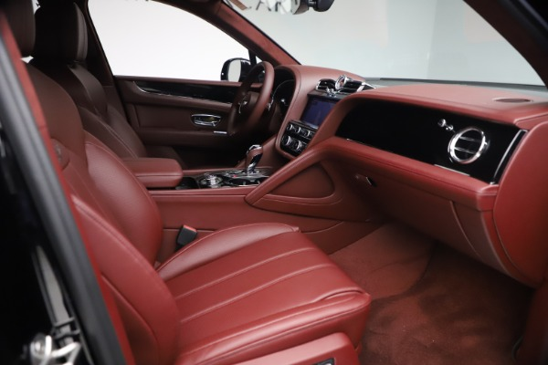 New 2021 Bentley Bentayga Hybrid for sale Sold at Aston Martin of Greenwich in Greenwich CT 06830 27