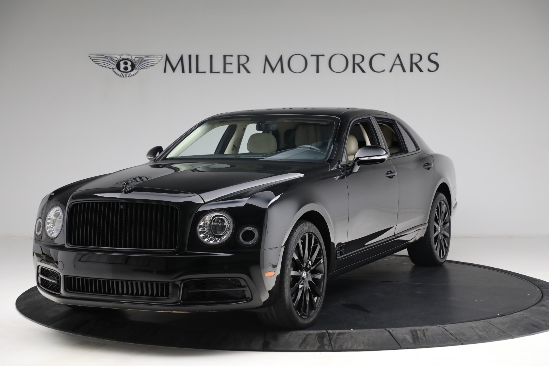Used 2017 Bentley Mulsanne for sale $214,900 at Aston Martin of Greenwich in Greenwich CT 06830 1