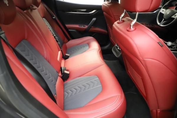Used 2018 Maserati Ghibli SQ4 GranLusso for sale $55,900 at Aston Martin of Greenwich in Greenwich CT 06830 20