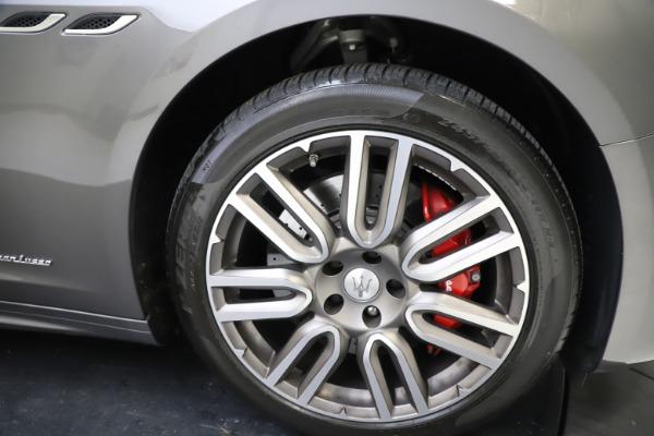 Used 2018 Maserati Ghibli SQ4 GranLusso for sale $55,900 at Aston Martin of Greenwich in Greenwich CT 06830 22