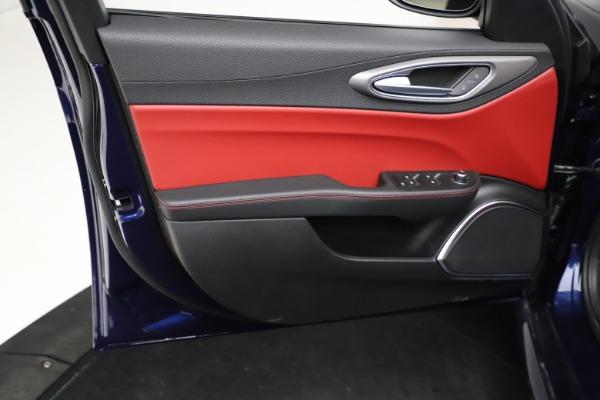 New 2021 Alfa Romeo Giulia Ti Sport for sale Sold at Aston Martin of Greenwich in Greenwich CT 06830 18