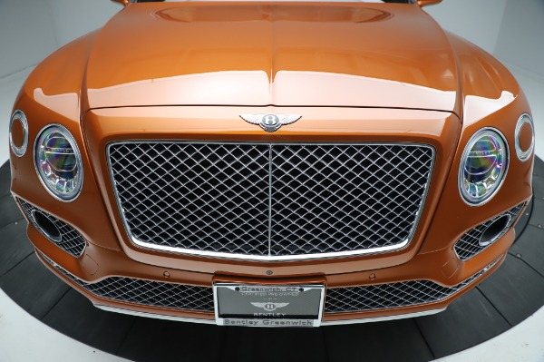 Used 2018 Bentley Bentayga Onyx Edition for sale Call for price at Aston Martin of Greenwich in Greenwich CT 06830 13