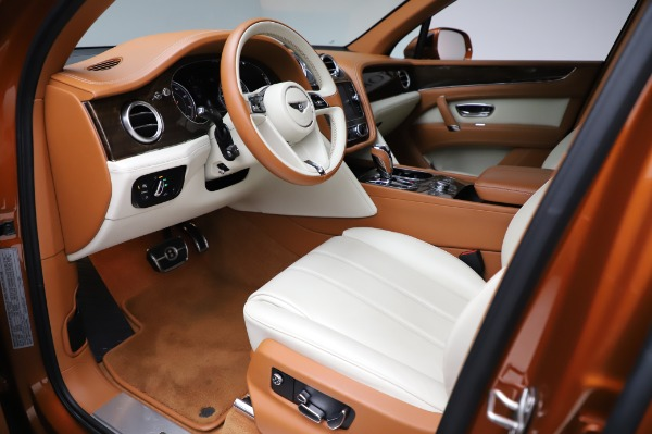 Used 2018 Bentley Bentayga Onyx Edition for sale Call for price at Aston Martin of Greenwich in Greenwich CT 06830 17
