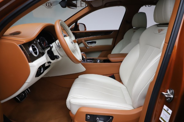 Used 2018 Bentley Bentayga Onyx Edition for sale Call for price at Aston Martin of Greenwich in Greenwich CT 06830 18