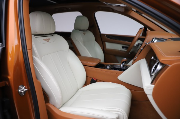 Used 2018 Bentley Bentayga Onyx Edition for sale Call for price at Aston Martin of Greenwich in Greenwich CT 06830 27