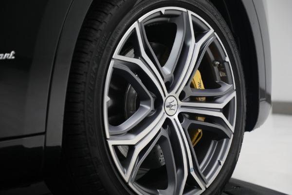 New 2021 Maserati Levante S Q4 GranSport for sale Sold at Aston Martin of Greenwich in Greenwich CT 06830 13