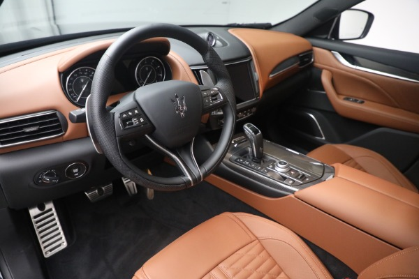 New 2021 Maserati Levante S Q4 GranSport for sale Sold at Aston Martin of Greenwich in Greenwich CT 06830 15