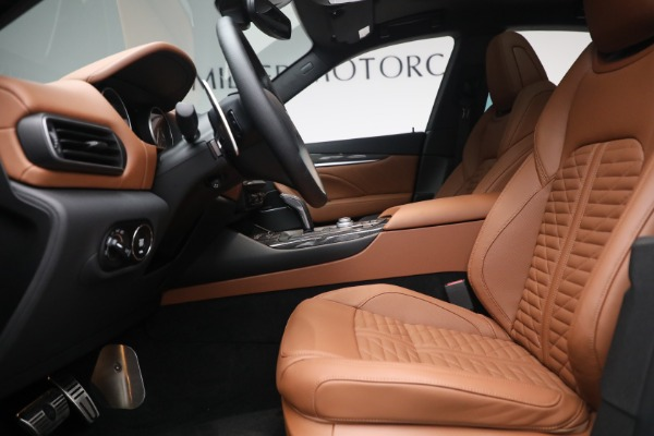 New 2021 Maserati Levante S Q4 GranSport for sale Sold at Aston Martin of Greenwich in Greenwich CT 06830 16