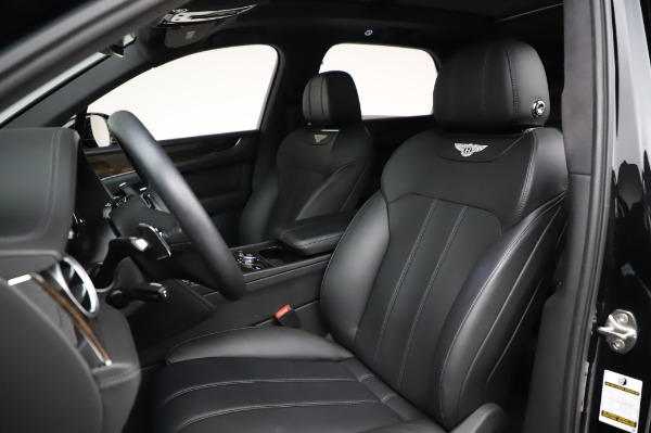 Used 2018 Bentley Bentayga Onyx Edition for sale $149,900 at Aston Martin of Greenwich in Greenwich CT 06830 19