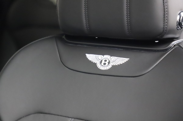 Used 2018 Bentley Bentayga Onyx Edition for sale $149,900 at Aston Martin of Greenwich in Greenwich CT 06830 20