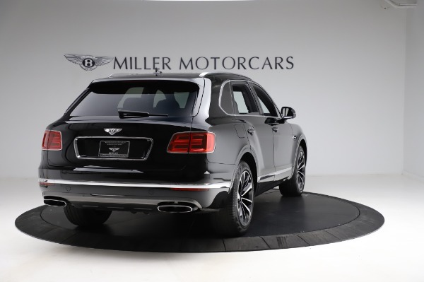 Used 2018 Bentley Bentayga Onyx Edition for sale $149,900 at Aston Martin of Greenwich in Greenwich CT 06830 7